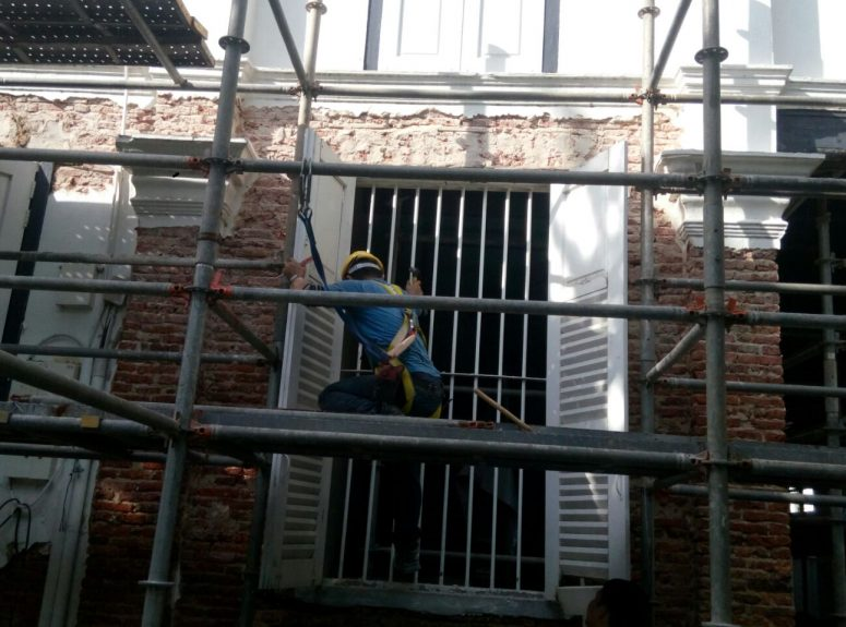 190916 Removing window frame