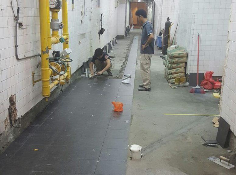 240816Marriott kitchen tiling works (2)
